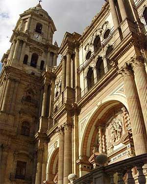 Кафедральный собор является известнйо достопримечательностью Малаги в Испании