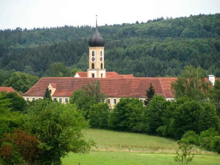 Старый цистерианский монастырь