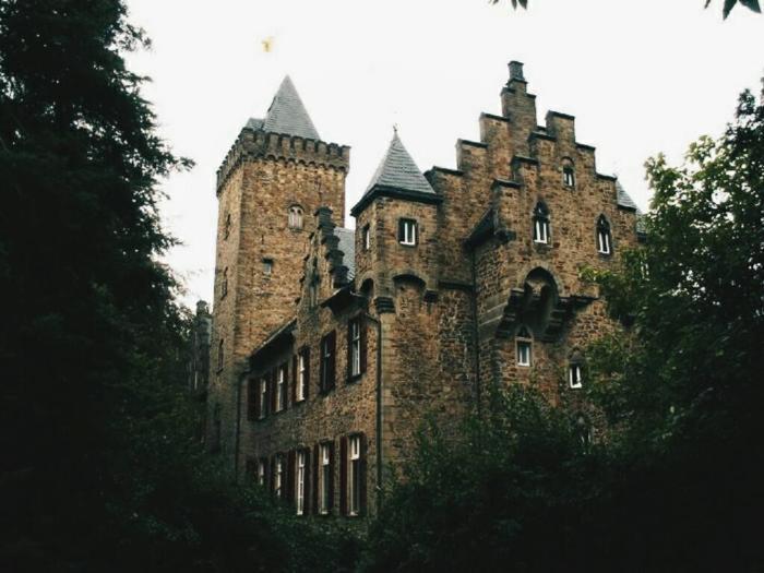 Замок Эфте