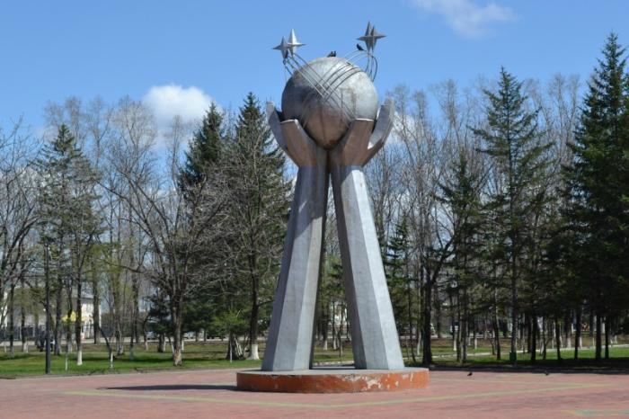 Памятник дружбы народов, Биробиджан