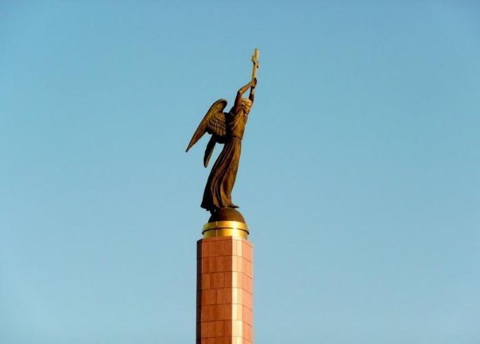 Монумент Ангел-хранитель