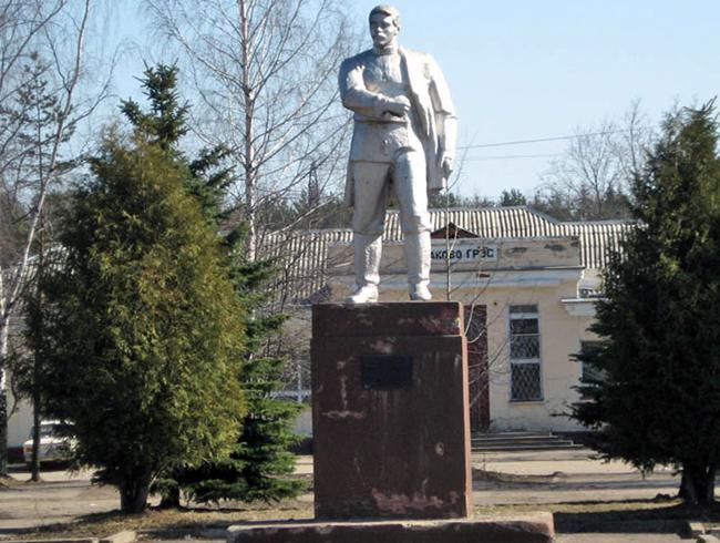Памятник П.Конакову