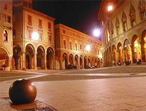 Фото и описание достопримечательностей Болоньи