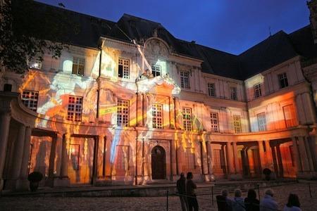 Замок Блуа - свето-музыкальное шоу Blois (Блуа), Франция - путеводитель по городу, как добраться