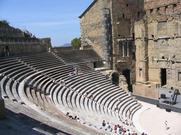 Древний театр в Оранже