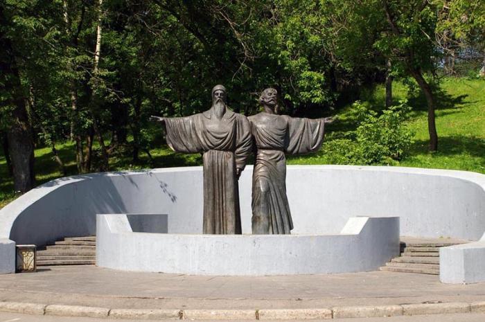 Памятник основателям Череповца