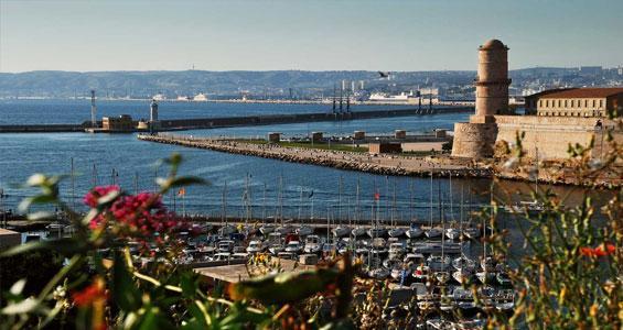 Старый порт Марселя. Маяк.