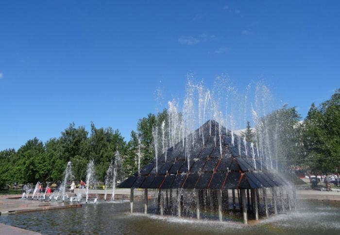 Фонтан на площади Трудовой Славы
