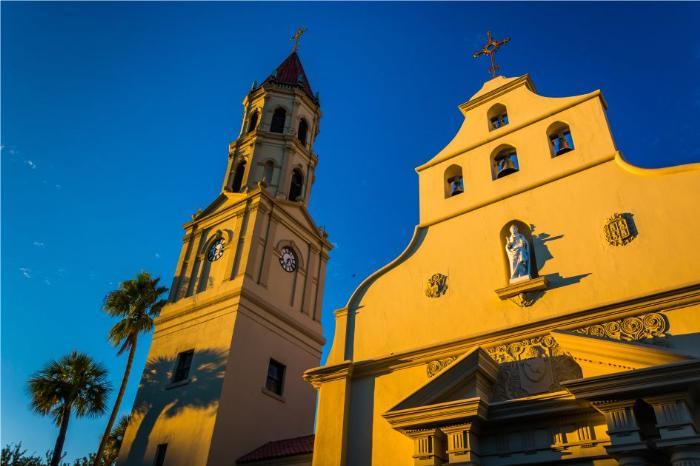 Фото архитектуры и соборов в городах штата Флорида