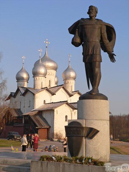 памятник александру невскому великий новгород