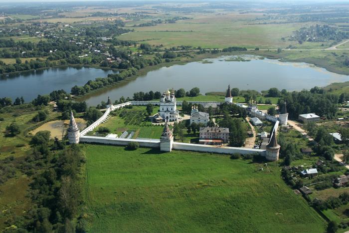 Иосифо-Волоцкий монастырь - вид сверху