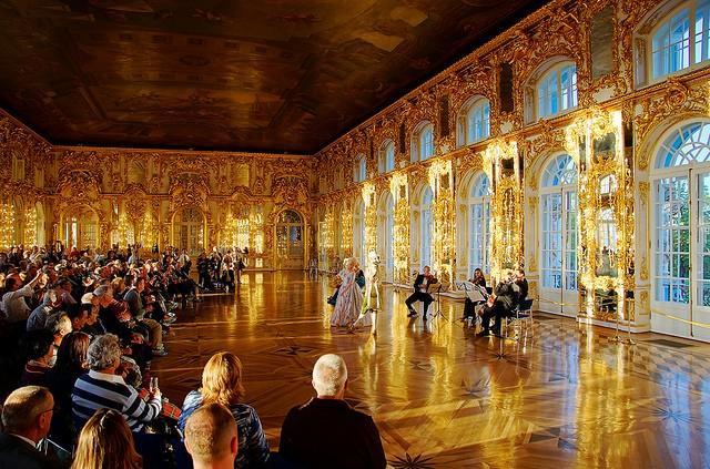 ekaterininskij-dvorec-2