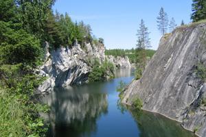 Рускеальский мраморный каньон — Карелия