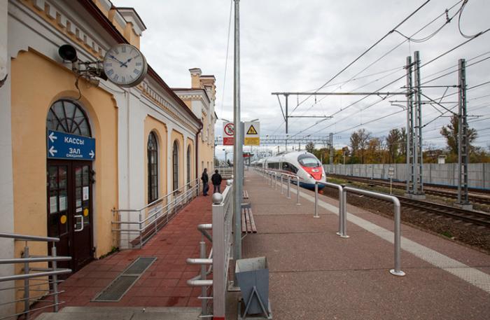 Железнодорожный вокзал Чудово
