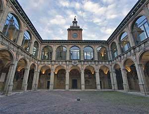 Университет Арчигинназио в Болонье