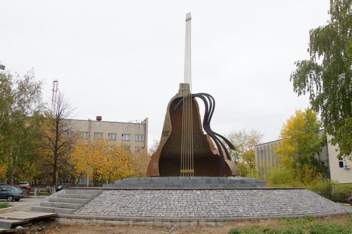 Памятник Владимиру Высоцкому, Набережные Челны