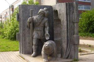 Памятник Кудым Ошу в Кудымкаре