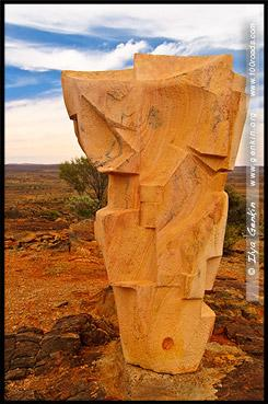 Ангелы Солнца и Луны (Angels of the Sun and Moon), Living Desert - Sculpture Symposium, Брокен Хилл, Broken Hill, Новый Южный Уэльс, New South Wales, NSW, Австралия, Australia