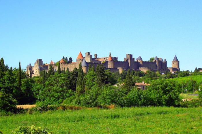 Крепость Каркасон во Франции