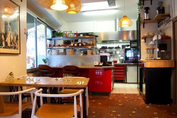 Le Kitchen Cafe фото