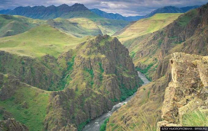 Хэллс-Каньон (Hells Canyon)