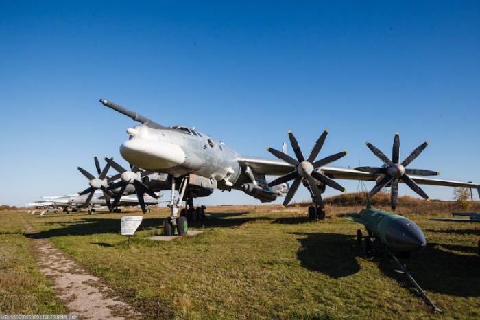 Музей авиационной техники, Энгельс