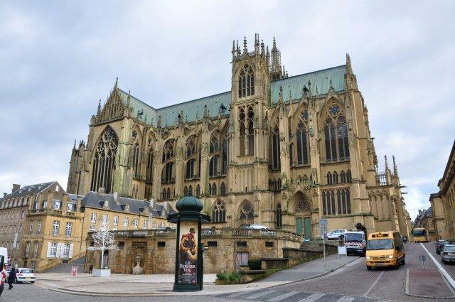 1-3 Cathédrale_Saint_Etienne_de_Metz.jpg