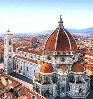 Собор Санта-Мария-дель-Фьоре - главная дотоспримечательность Флоренции