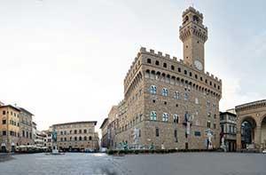 Палаццо Веккьо - вот что обязательно нужно посмотреть во Флоренции