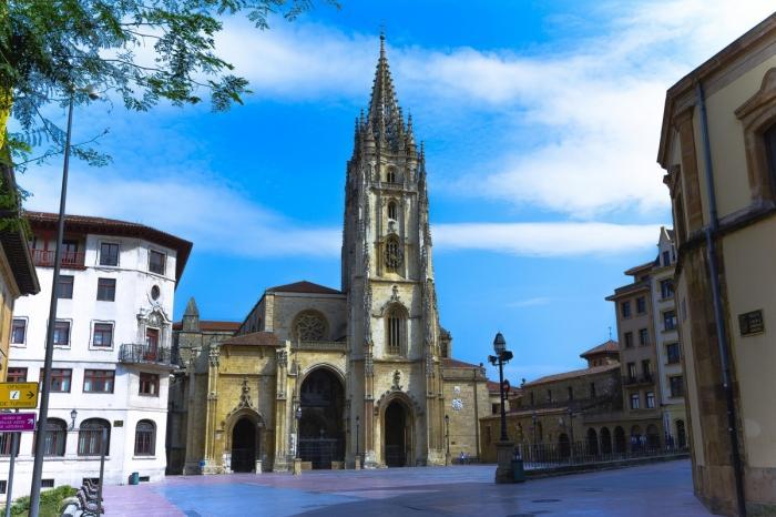 Овьедо — северное сердце Астурии в Испании