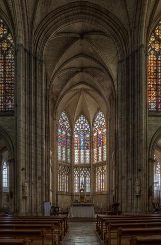 Внутри базилики святого Урбана