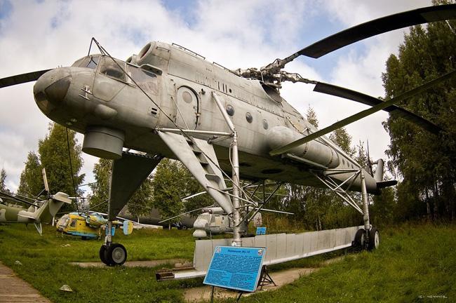 Музей вертолетов - экспонат