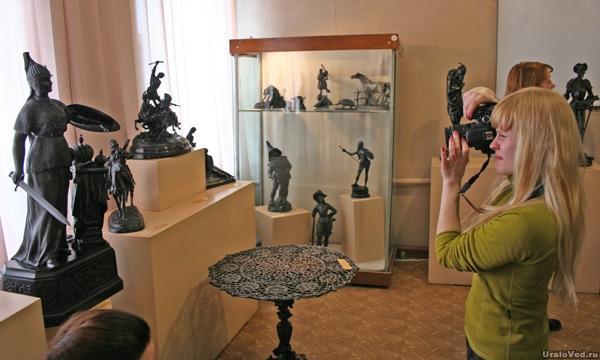 В музее художественного литья, Касли