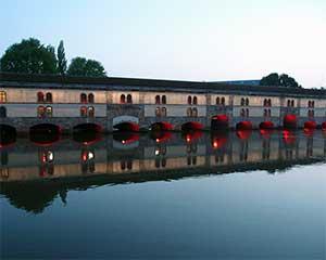 Крытые мосты - это то что обязательно нужно посмотреть в Страсбурге