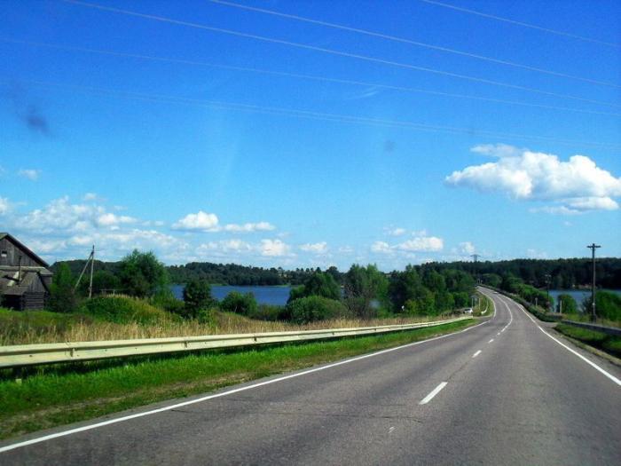 подъезд к реке Елнать