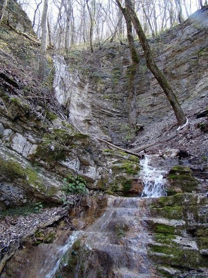 Большой Адегойский водопад фото