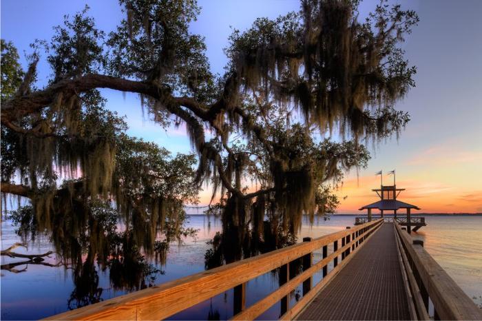 Фото реки в Джексонвилле в США