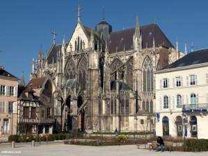 Gothic Basilique St-Urbain (Собор в Труа)
