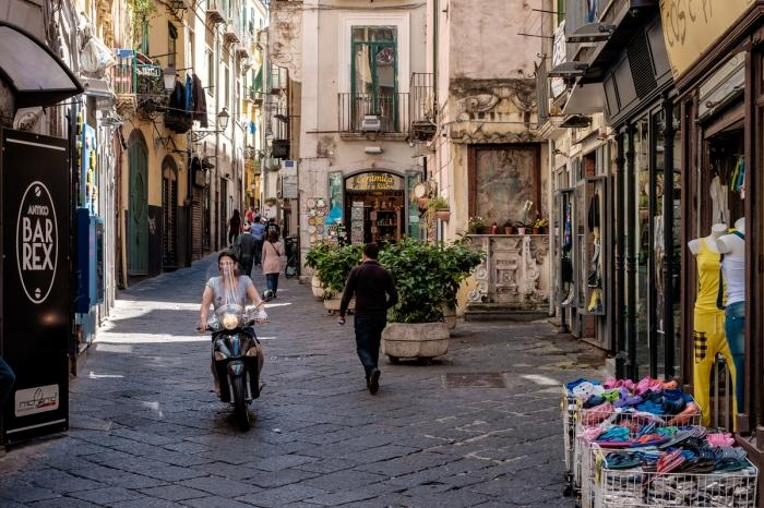 Салерно — большой итальянский город, где есть пляжи, достопримечательности и национальный колорит