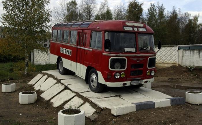 Автобус-памятник