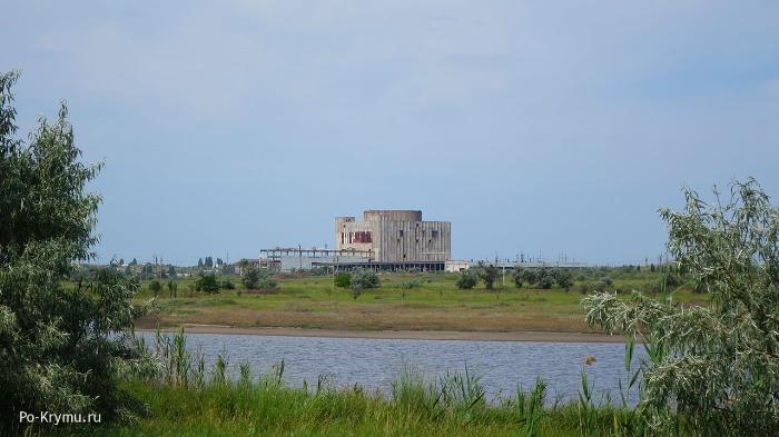 главное-здание-крымской-атомной-электростанции
