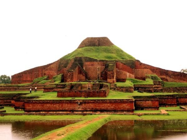 религиозный монастырь Сомапура Махавихара