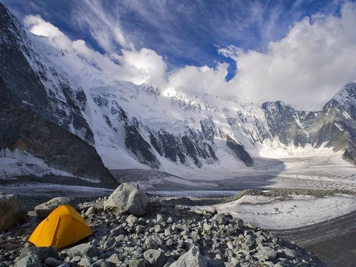Фото вид зимой на горы Томской области
