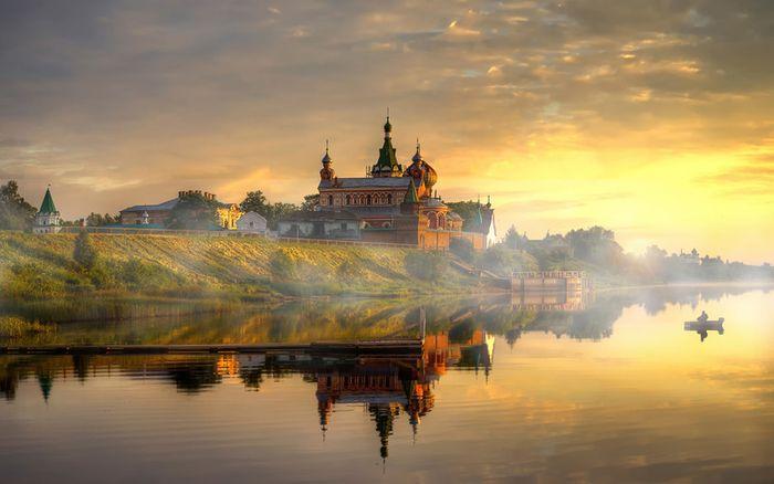 Старая ладога и Никопольский монастырь
