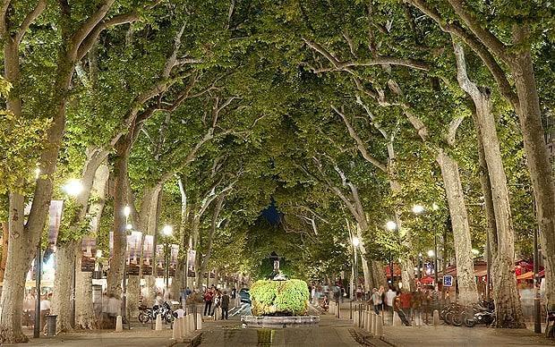 Top-10 самых красивых городов Франции - Экс-ан-Прованс, Прованс, Франция