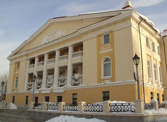 Театр музыки, драмы и комедии