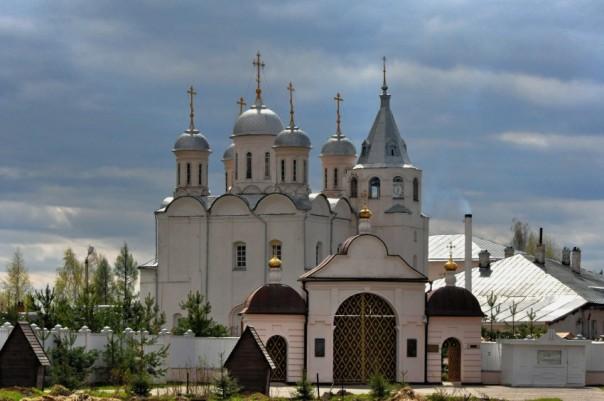 Свято-Успенский Паисиево-Галичский монастырь в Галиче