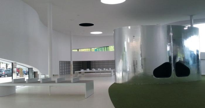 Внутри библиотеки