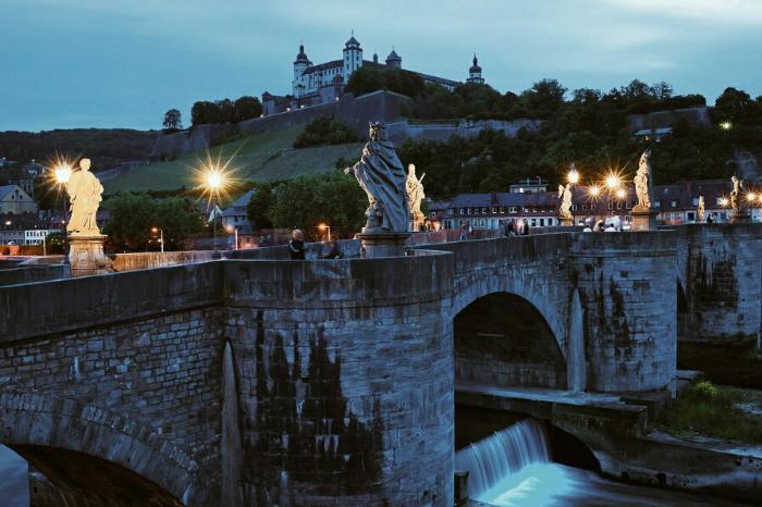Старый мост в Вюрцбурге