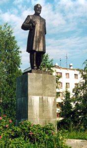 Памятник Чайковскому в Чайковском